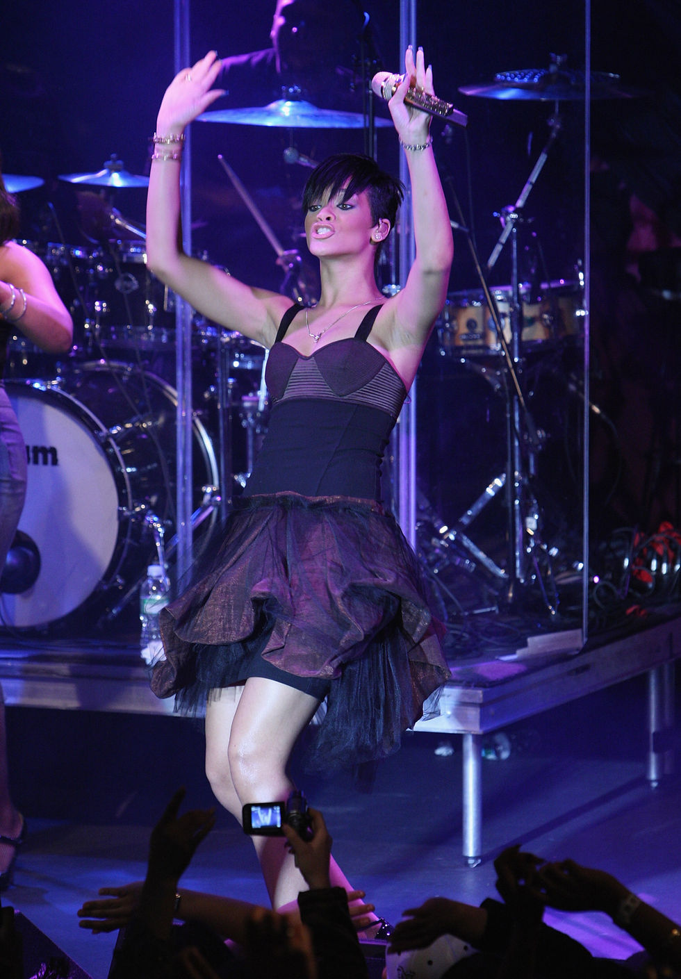 rihanna-believe-charity-event-in-new-york-11