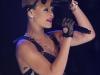 rihanna-bet-106-park-show-in-new-york-06