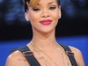rihanna-bet-106-park-show-in-new-york-16