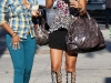 rihanna-candids-in-west-hollywood-04