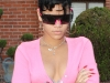 rihanna-cleavage-candids-in-beverly-hills-09