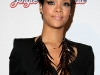 rihanna-jingle-bell-ball-at-the-o2-arena-in-london-05