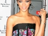 rihanna-lights-up-the-empire-state-building-in-honor-of-cartiers-love-day-03