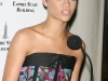 rihanna-lights-up-the-empire-state-building-in-honor-of-cartiers-love-day-14