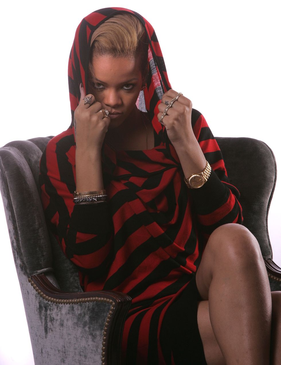 rihanna-mtv-portrait-session-01