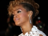 rihanna-nrj-music-awards-2010-in-cannes-07