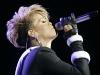 rihanna-pepsi-fan-jam-super-bowl-concert-in-miami-beach-17