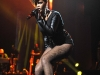 rihanna-performing-at-answers-the-call-benefit-concert-10
