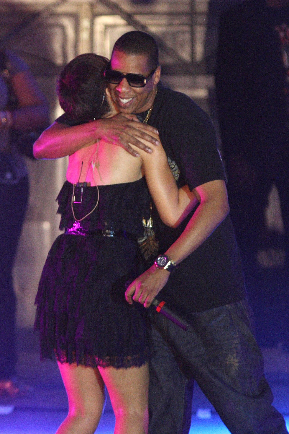 rihanna-performs-at-the-3rd-thisday-africa-rising-festival-in-abuja-01