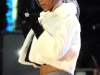 rihanna-performs-in-rockefeller-center-in-new-york-11