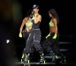 rihanna-performs-live-at-the-glow-in-the-dark-tour-in-bristow-01