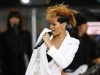 rihanna-performs-on-good-morning-america-in-new-york-12