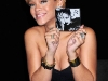 rihanna-rated-r-album-promotion-at-best-buy-04