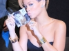 rihanna-rated-r-album-promotion-at-best-buy-08