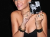 rihanna-rated-r-album-promotion-at-best-buy-11