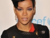 rihanna-unicef-snowflake-lighting-cceremony-at-grand-army-plaza-02