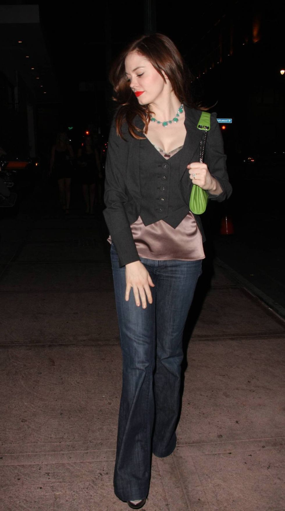 rose-mcgowan-at-beso-restaurant-in-hollywood-01