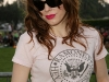rose-mcgowan-tribute-to-johnny-ramone-in-los-angeles-01
