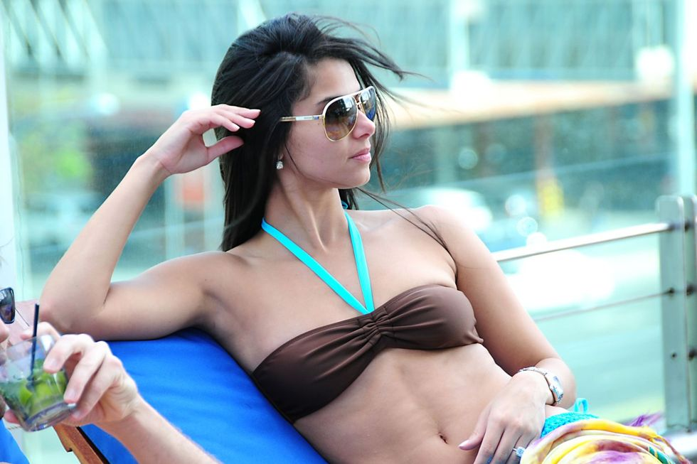roselyn-sanchez-bikini-candids-in-panama-01