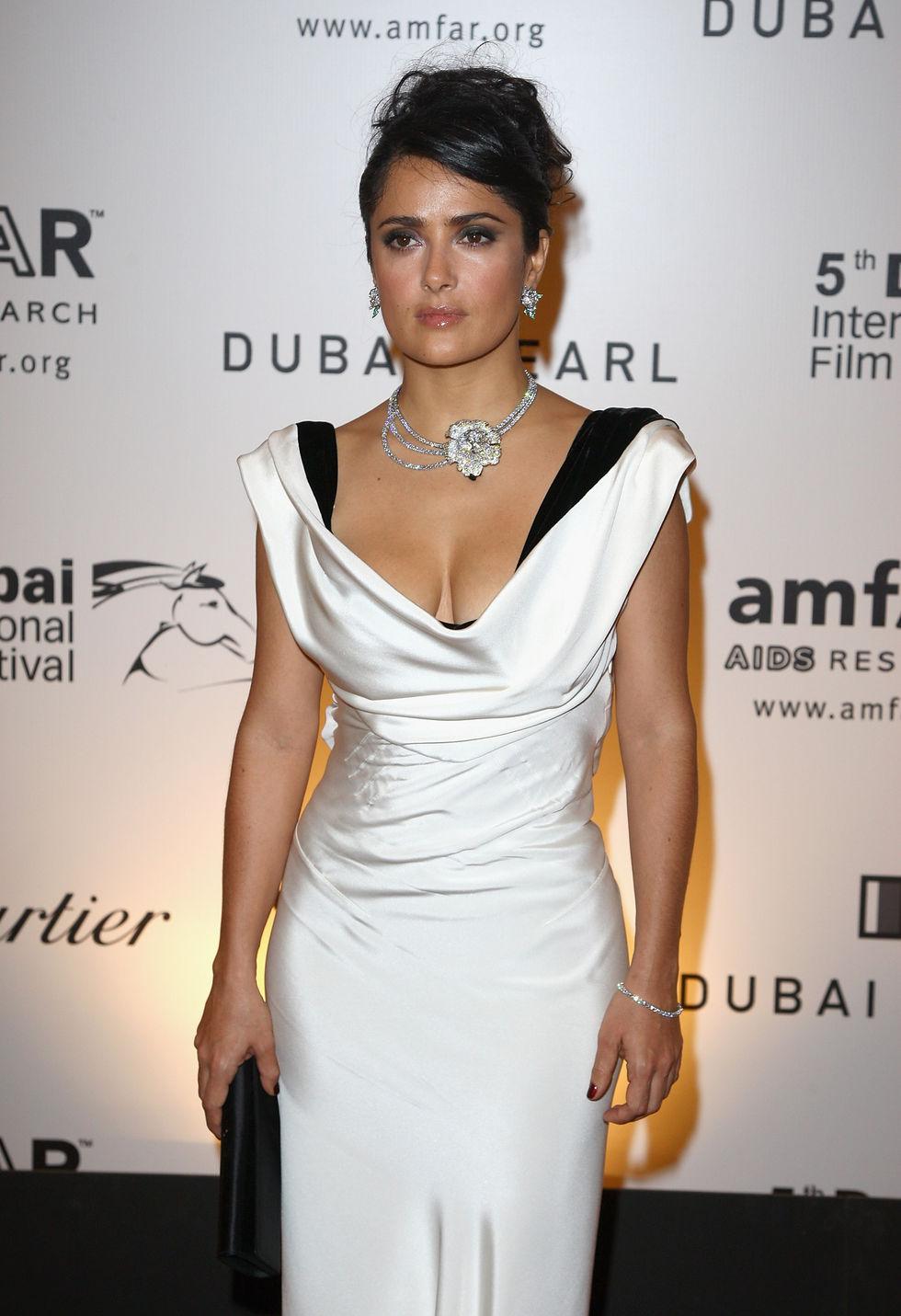 salma-hayek-2nd-annual-amfar-cinema-against-aids-dubai-gala-01