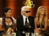 salma-hayek-shows-cleavage-at-wetten-dass-show-in-germany-02