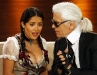 salma-hayek-shows-cleavage-at-wetten-dass-show-in-germany-08