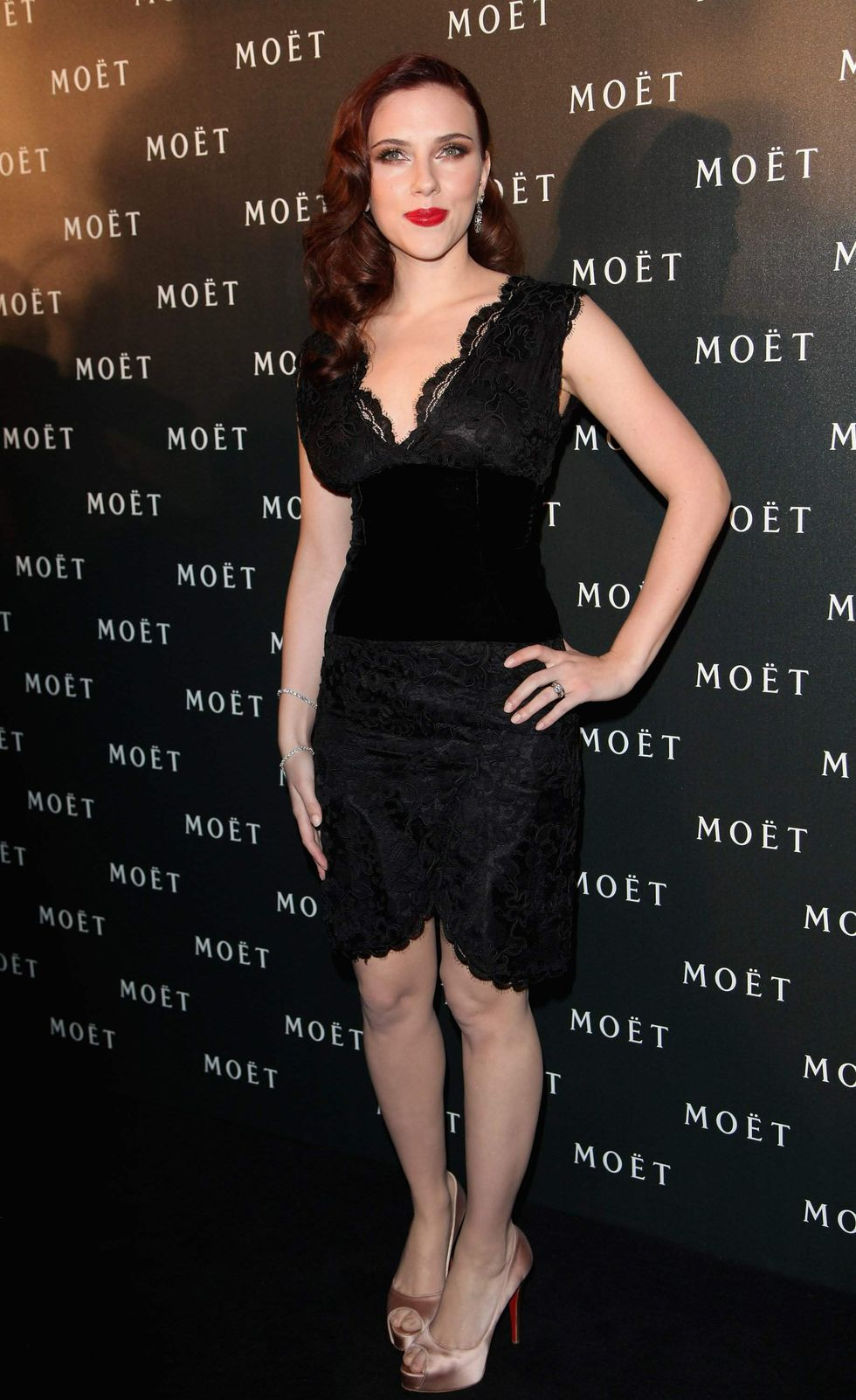 scarlett-johansson-a-tribute-to-cinema-party-in-london-01