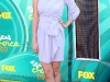 selena-gomez-2009-teen-choice-awards-02