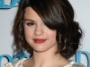 selena-gomez-hotel-for-dogs-premiere-in-los-angeles-02