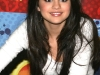 selena-gomez-wizards-of-waverly-place-press-conference-06