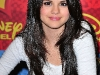 selena-gomez-wizards-of-waverly-place-press-conference-09