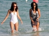 solange-knowles-at-the-beach-in-miami-12