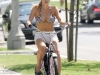 sophie-monk-bikini-candids-in-hollywood-03
