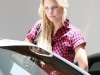 sophie-monk-candids-in-car-shop-in-beverly-hills-05