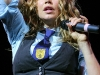 stacy-fergie-ferguson-onstage-at-la-borgata-in-atlantic-city-07