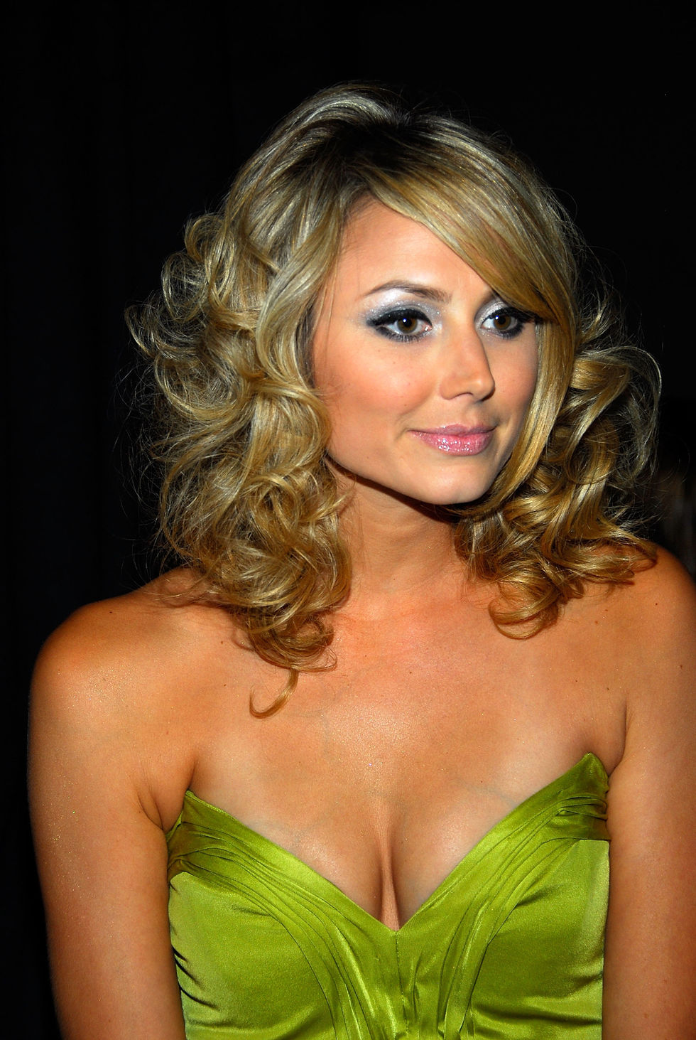 stacy-keibler-host-celebrity-event-at-cathouse-nightclub-in-las-vegas-01