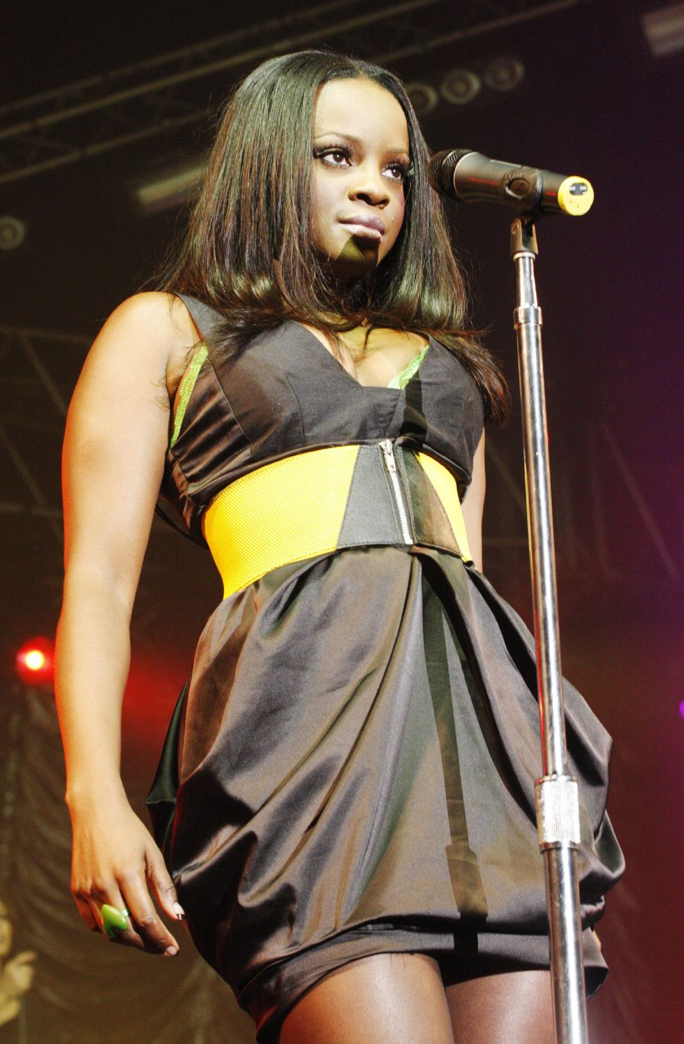 sugababes-perform-at-isle-of-wight-festival-01