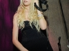 taylor-momsen-2009-whitney-museum-gala-studio-party-08