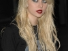 taylor-momsen-anna-suis-collection-launch-in-new-york-01