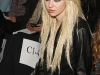 taylor-momsen-at-fashion-week-spring-2010-in-new-york-07