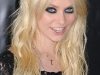 taylor-momsen-leggy-at-the-stepfather-movie-premiere-06