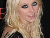 taylor-momsen-leggy-at-the-stepfather-movie-premiere-09