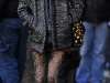 taylor-momsen-leggy-candids-at-gossip-girl-set-in-new-york-15