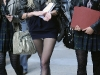 taylor-momsen-leggy-candids-on-set-of-gossip-girl-in-new-york-03