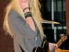 taylor-momsen-perfoms-at-teen-vogue-fashions-night-out-fashion-show-02