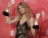 taylor-swift-44th-annual-academy-of-country-music-awards-05