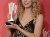 taylor-swift-44th-annual-academy-of-country-music-awards-06