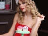 taylor-swift-candids-at-photoshoot-in-london-06