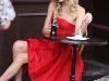 taylor-swift-candids-at-photoshoot-in-london-09