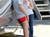 taylor-swift-candids-on-valentines-day-set-in-los-angeles-17